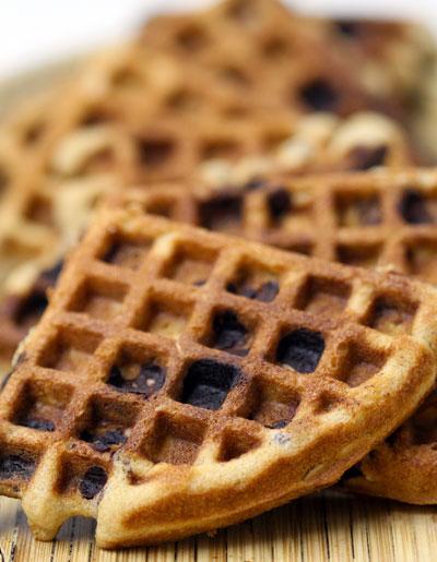 Oatmeal Chocolate Chip Waffle Cookies | Holiday Cookies | BiteClub ...