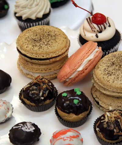 sift cupcake and dessert bar essay Essay environmental economics policy briefing note environmental economics policy briefing note order description a briefing note (is a short document written for the purposes of providing information to a decision-maker concerning a particular issue.