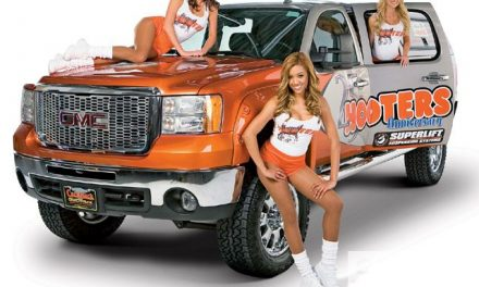 Hooters in Rohnert Park?