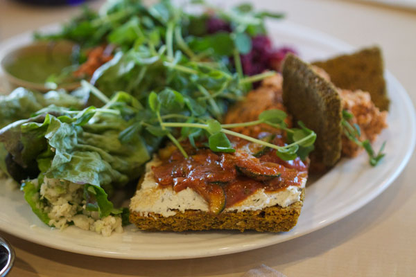 Lydia's Lovin' Organics Raw Sampler Plate