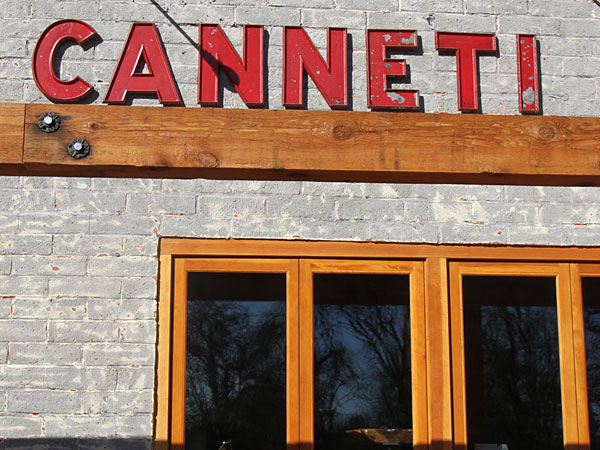 Canneti Roadhouse in pictures