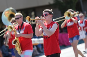 Montgomery High School band performs during the 2013 Luther Burbank Rose Parade & Festival. (photo by Crista Jeremiason)