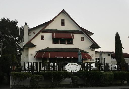 Starks Buy Italian Affair for New Resto
