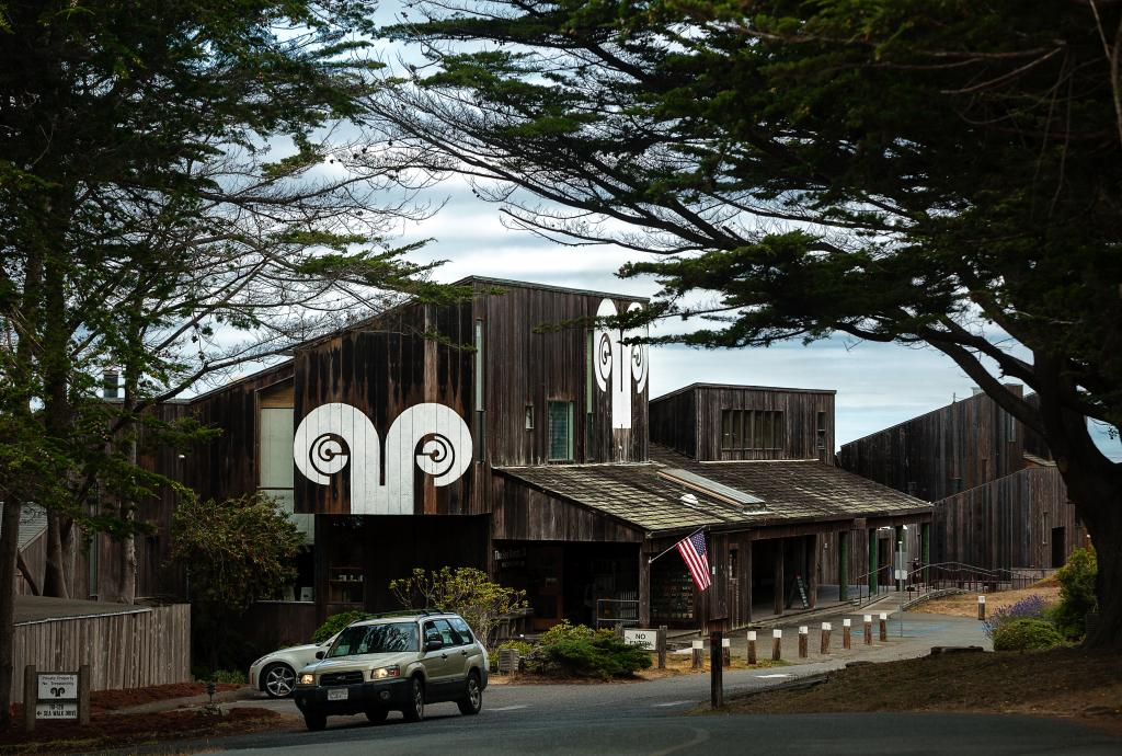 Sea Ranch Lodge.