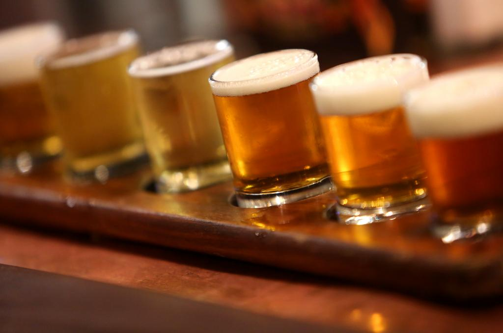 A sampler flight of beers at Bear Republic Brewing Co., in Healdsburg. (photo by Christopher Chung)