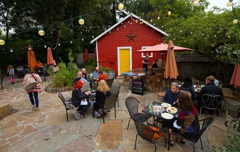 Patio dining at the Fork Roadhouse on Bodega Ave. east of Sebastopol. (JOHN BURGESS/