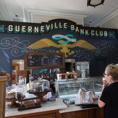Guerneville Bank Club : Featuring Chile Pies and Nimble and Finn Ice Cream