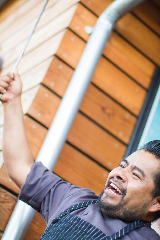 Bravas Bar de Tapas PaellaBravas Bar de Tapas Paella