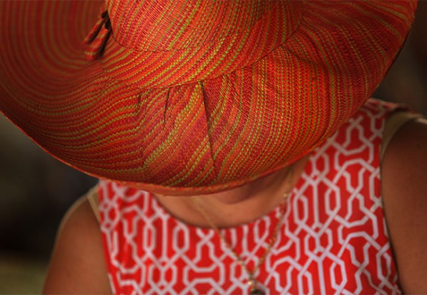 KP0831_RED_HAT_662152