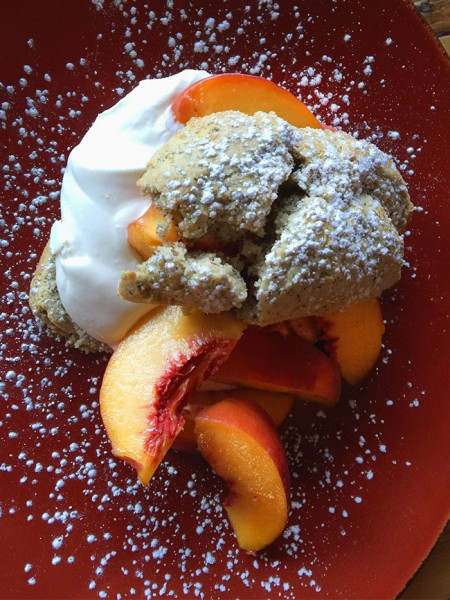 Heritage Public House in Santa Rosa: Nectarine shortcake Photo Heather Irwin