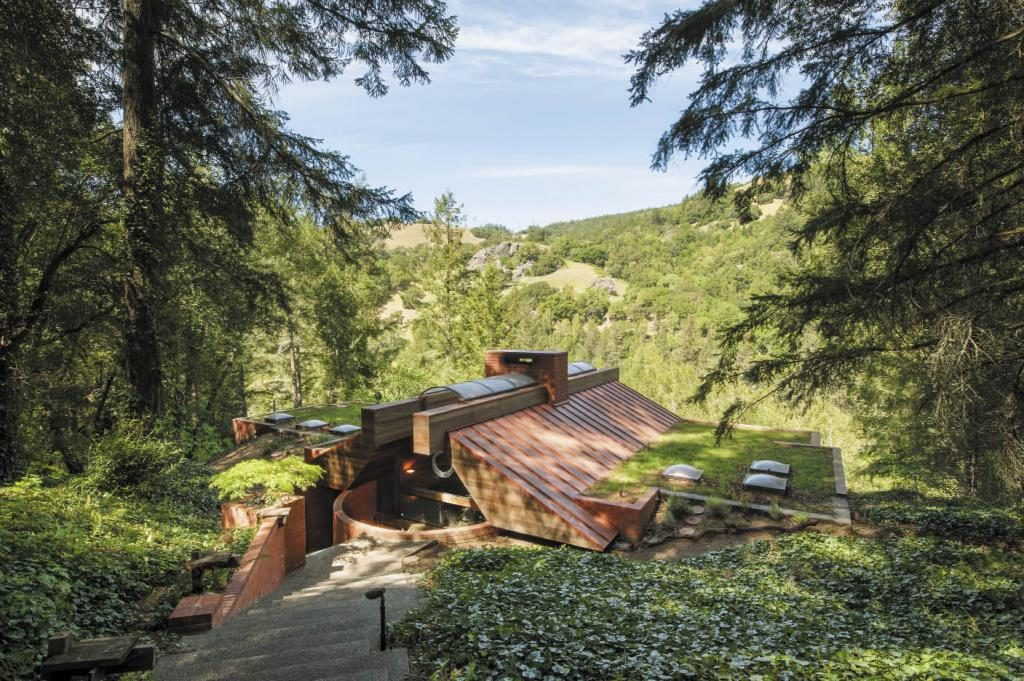 One man's wish to own a stunning home built into a mountain comes true.