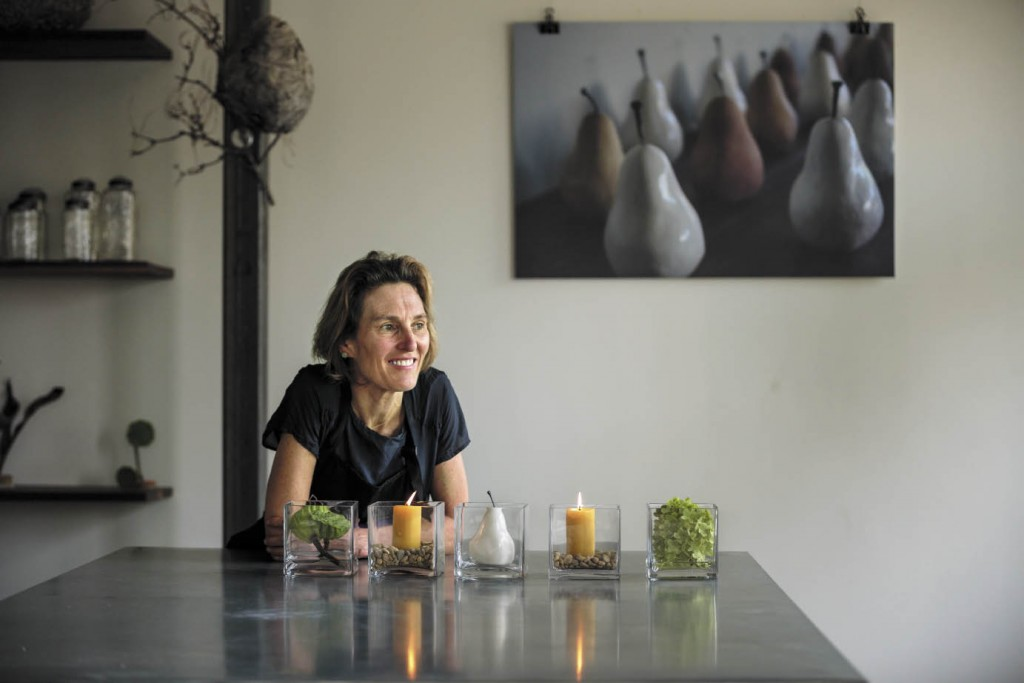 """After years spent mastering London's formal floristry designs, Dundee Butcher makes her home in Healdsburg, where she has found fresh inspiration in Wine Country's natural beauty. Now, she says, """"My style is clean, elegant and fun."""""""