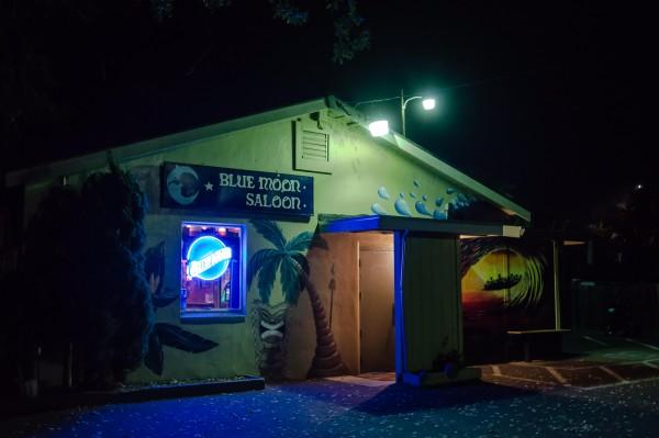 The Blue Moon Saloon in Sonoma. Photo Pio Valenzuela.