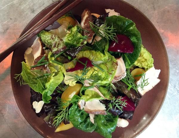 hi1215_ramengaijin_salad