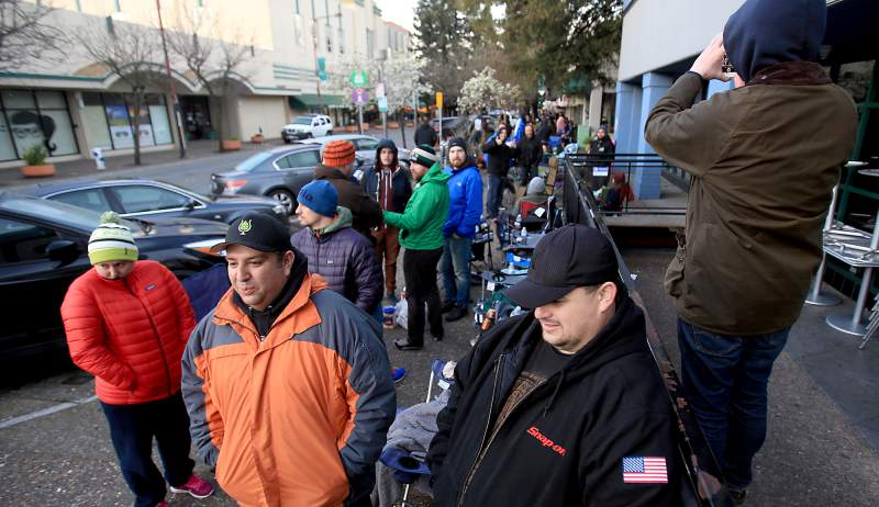 Pliny the Younger line - fans waiting in line for the famous beer release