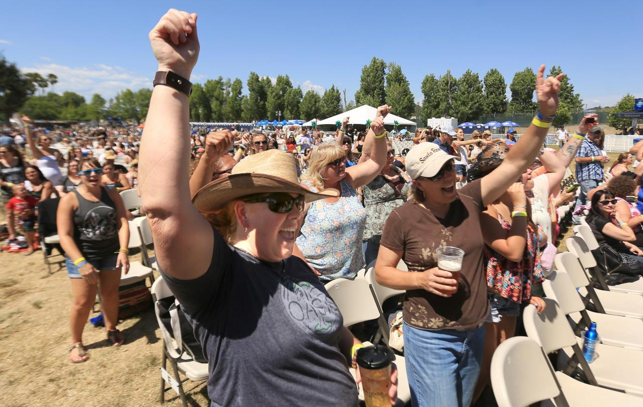 Headline acts at Country Summer are guaranteed long lines. Each year, this event is held at the Sonoma County Fairgrounds in Santa Rosa and attracts country music lovers from all over. This year, the even is from June 3 to June 5. (Kent Porter / Press Democrat)