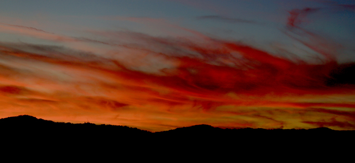 Sunset over the Russian River Valley, Monday Feb. 15, 2016. (Kent Porter / Press Democrat) 2016