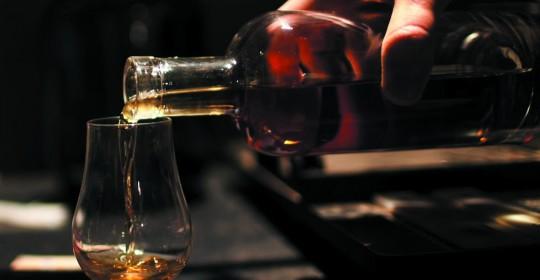 WhiskeyPoured2_300ppi