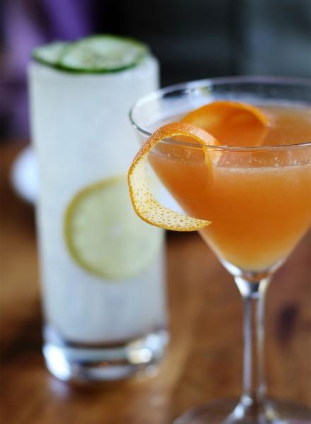 hi0516_spoonbar_cocktails-440x600