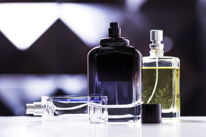Don't: Wear strong perfume or cologne, and skip the essential oils that day.