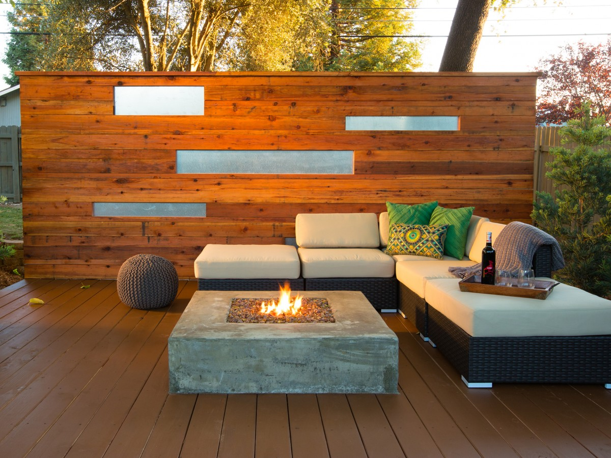 Choosing The Right Deck For Your Wine Country Backyard