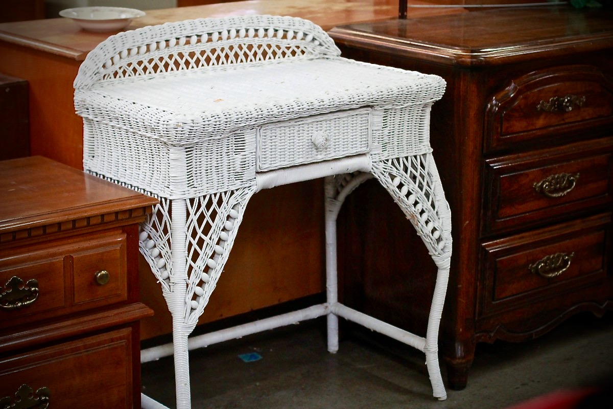 Wicker desk for bedroom/boudoir, transform dark wood with chalk paint makeover, Redwood Gospel Mission
