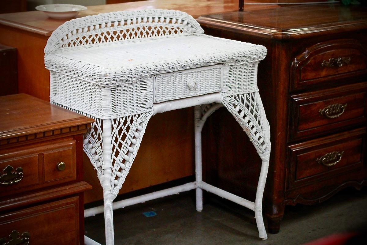 Wicker desk for bedroom/boudoir, transform dark wood withchalk paint makeover,Redwood Gospel Mission