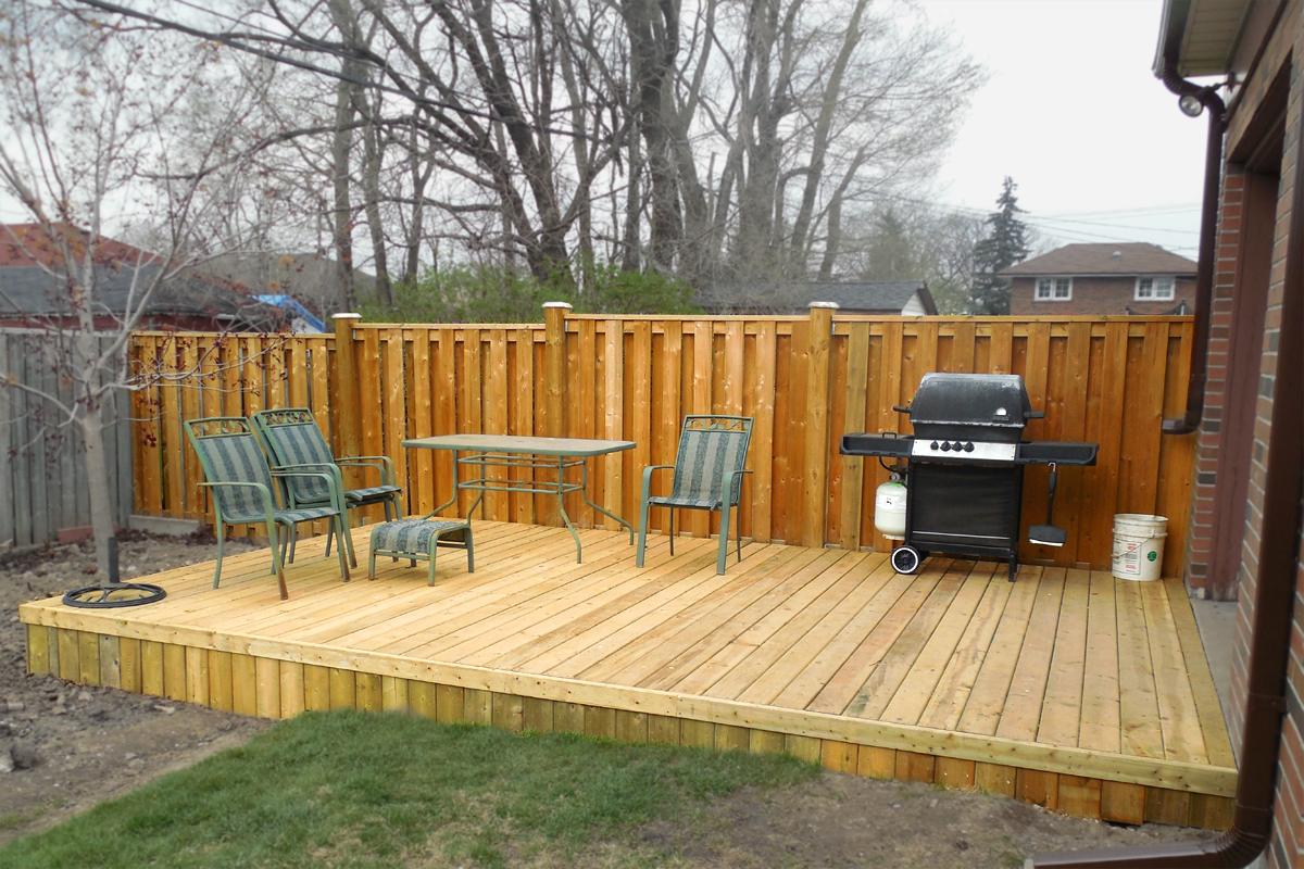 Choosing the right deck for your wine country backyard for Simple platform deck plans