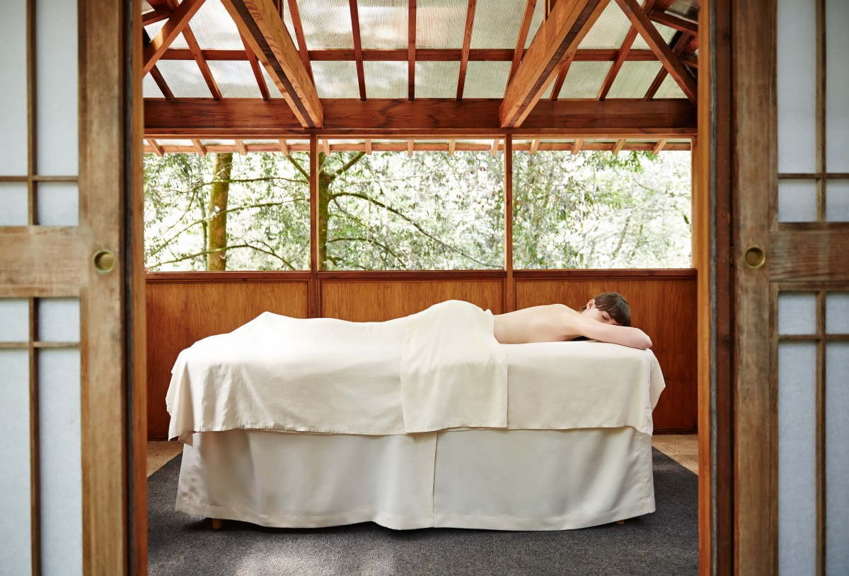 Body treatment and massage at Osmosis