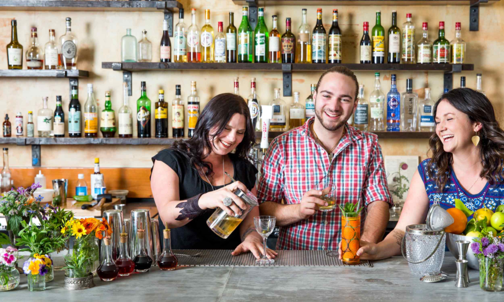 The Sonoma County Gin Mixologists Are Flipping For