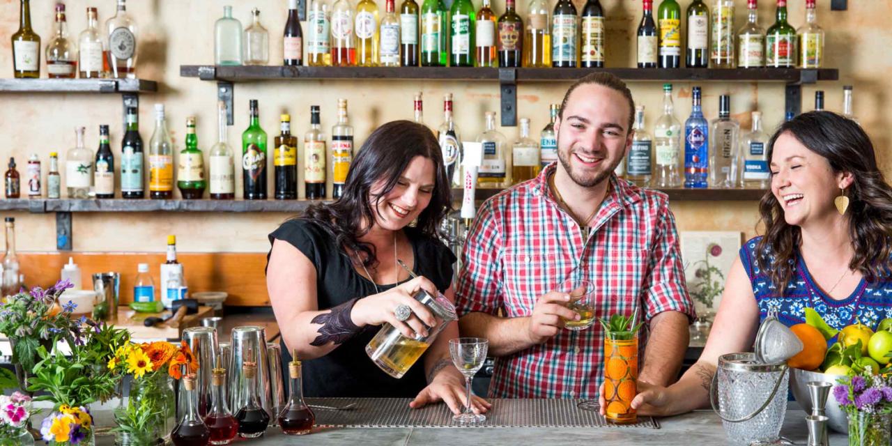 Duke's Spirited Cocktails: Boozing up the Burg