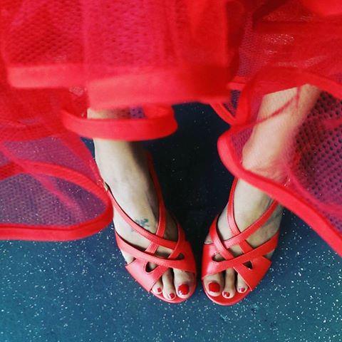 Brightly coloredpetticoatsaddextra oomph todressesand skirts.