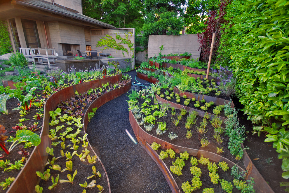 5 easy ways to create a stunning vegetable garden for Interesting garden designs