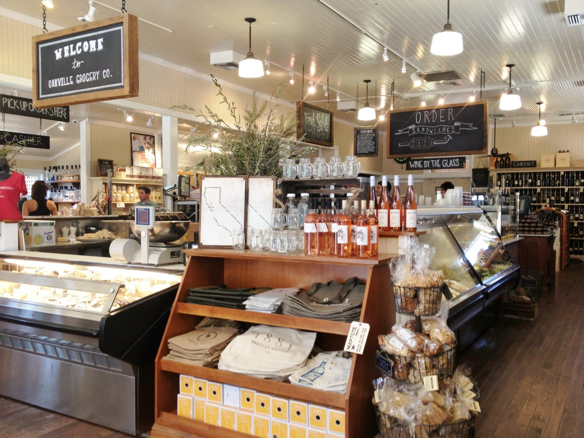 Oakville Grocery Co in Napa. (Courtesy thelongweekender.com)