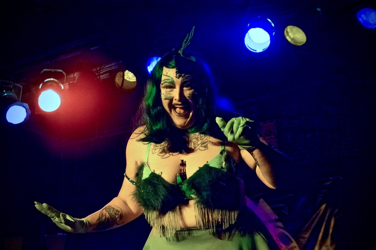 Burlesque dancer Patty La Melt. (Photo by Estefany Gonzalez)