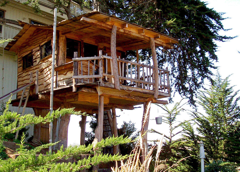 Stay in a tree in sonoma county 5 treehouse vacation for Kit per costruire casa sull albero
