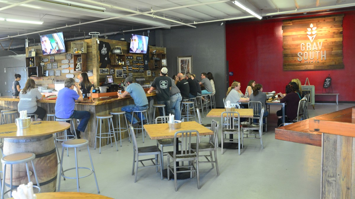 The taproom at Grav South Brew Co. (Photo by Tim Vallery)