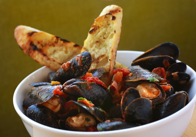 Prince Edward Island Steamed Mussels with chorizo, in a sofrito sauce at the Fig Cafe in Glen Ellen. (Photo by John Burgess/The Press Democrat) fi