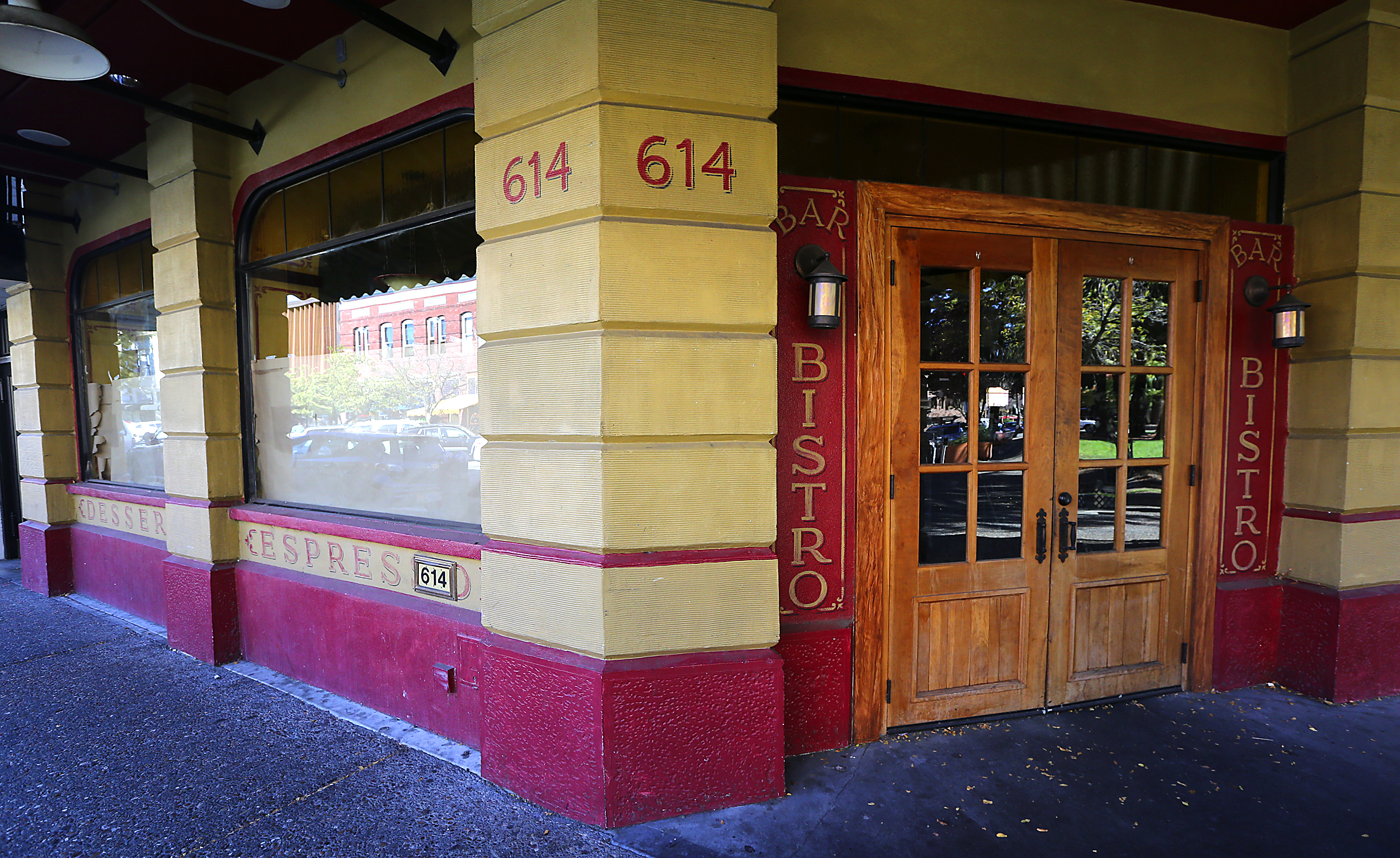 The closed Rendez Vous Bistro on courthouse square in Santa Rosa will be reopened by the Chandi Restaurant Group. (JOHN BURGESS / The Press Democrat)