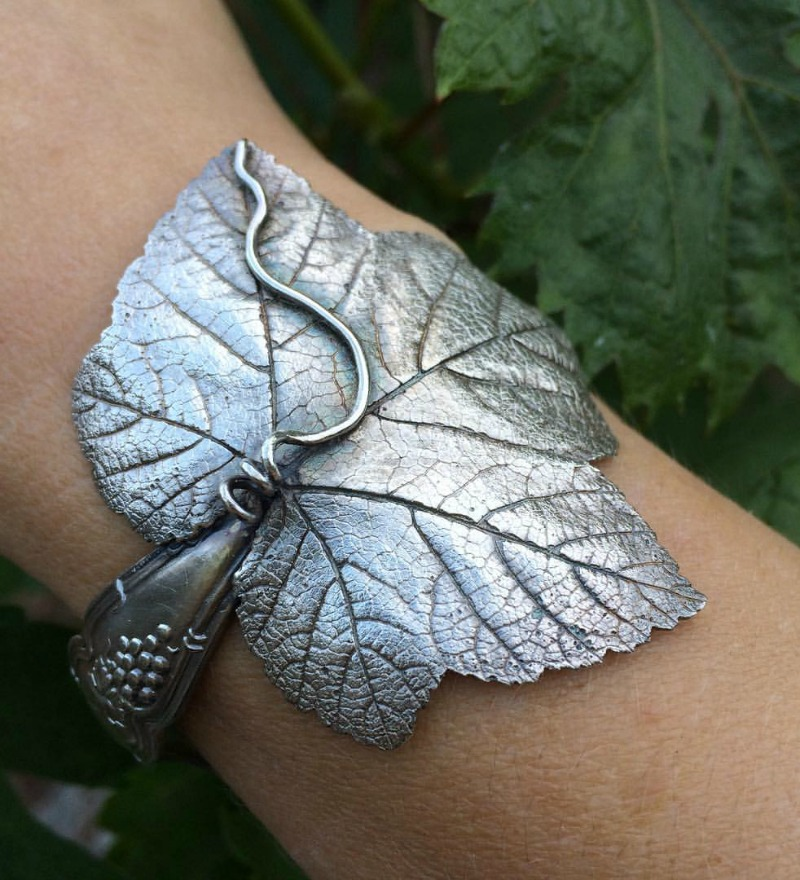 Michelle Hoting Grape Leaf Bracelet