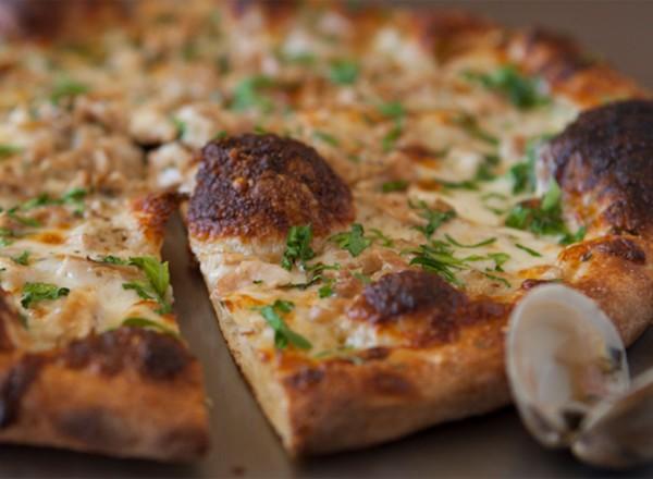 Clam pizza at Apizza Sonoma.