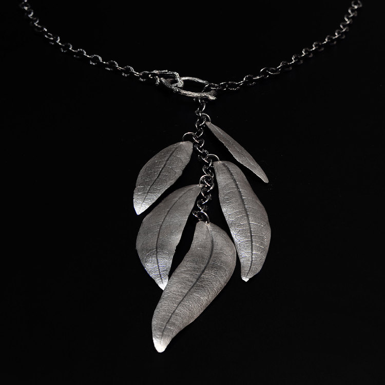Eucalyptus Lariat Necklace by Michelle Hoting. (Photo courtesy of Michelle Hoting)