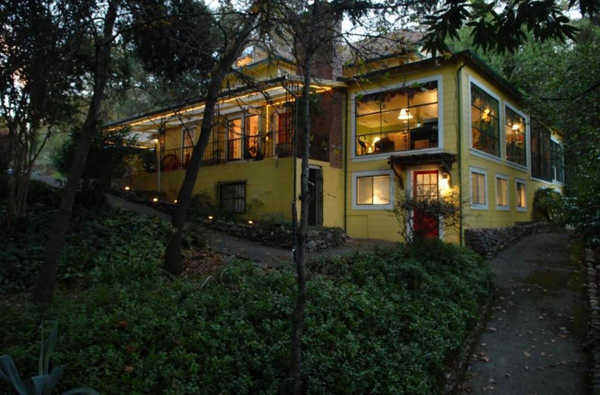 Sonoma Orchid Inn.
