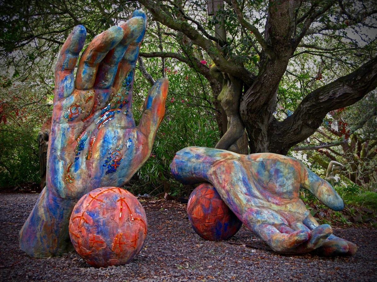 """Hands with Balls."" sculpture by Santa Rosa artist Peter Crompton. Part of the Sculpture Trail , a year-round exhibit in Cloverdale and Geyserville with sculptures changing every 9 months. PETER CROMPTON"