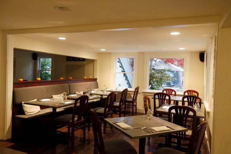Dining area at Calistoga Kitchen in Calistoga, California on Friday, November 11, 2016. (Alvin Jornada / The Press Democrat)