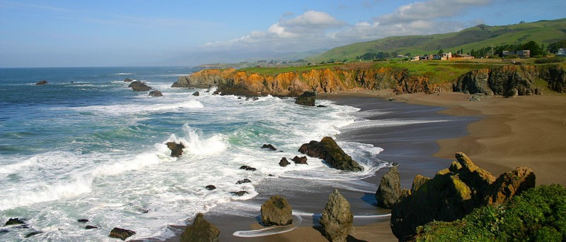 View of the beach. (Image courtesy of Bodega Bay Lodge)