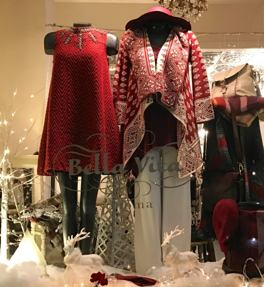 bella vita sonoma holiday window