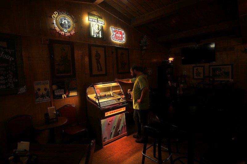 A jukebox (that plays Cd's) at the The Twin Oaks Roadhouse in Penngrove, Thursday Dec. 8, 2016. (Kent Porter)