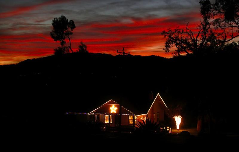 A holiday light scene on Eastside Road, Friday Dec. 17, 2011 in Windsor. (Kent Porter / Press Democrat)