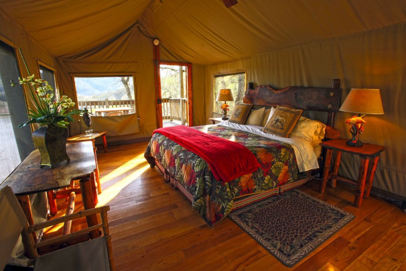 Luxury tent at Safari West. (Photo courtesy of Hotels.com)